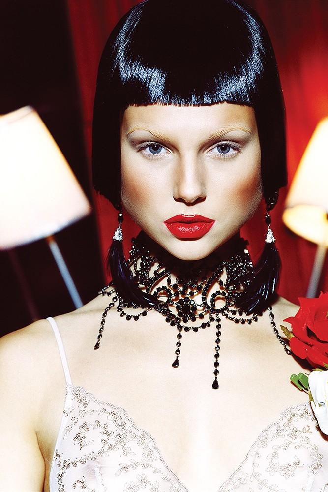 lingerie photography -Toronto boudoir photography - exclusiveboudoir.ca